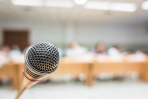 mikrofon, aula, juri