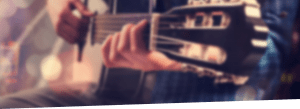 gitara na rozmazanym tle