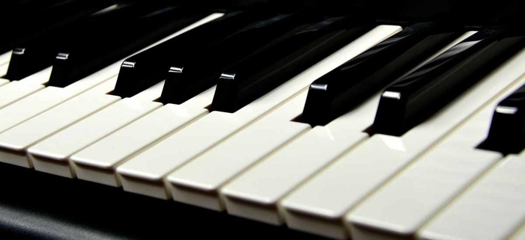 klawisze od fortepianu